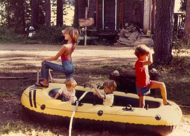 Boat Siblings
